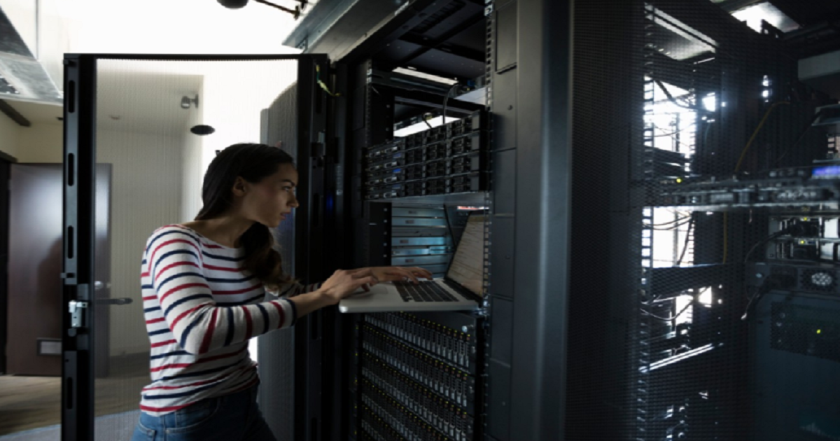 5 REASONS WHY ORGANIZATIONS ARE ADOPTING HYPERCONVERGED INFRASTRUCTURE